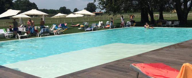 piscina tenuta il cigno