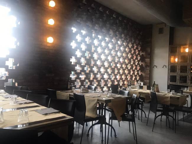 interno del ristorante riso amaro