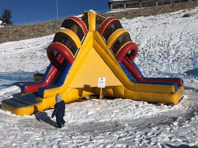 weekend_in_montagna_con_bambini_giochi_neve