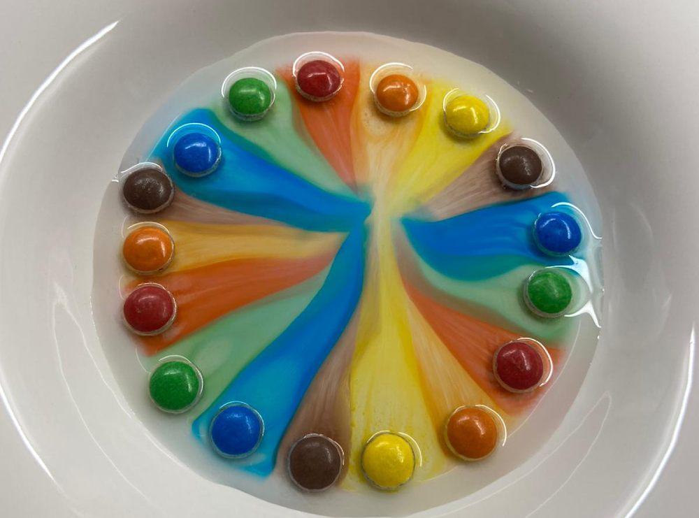 giochi per bambini in casa_colori