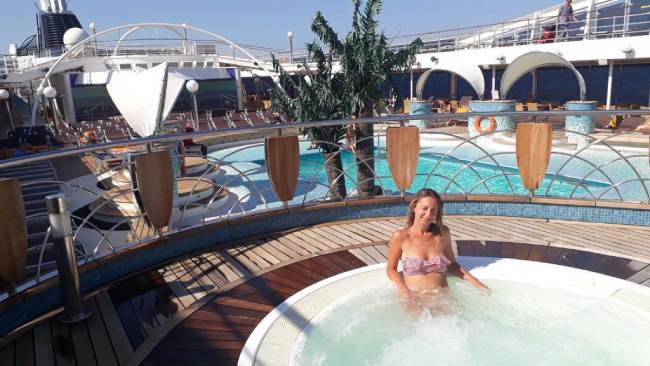 crociera_piscina