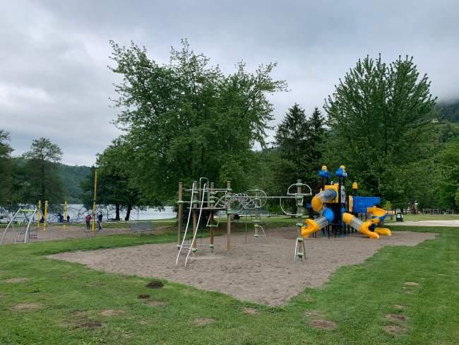 parco giochi sul lago di levico