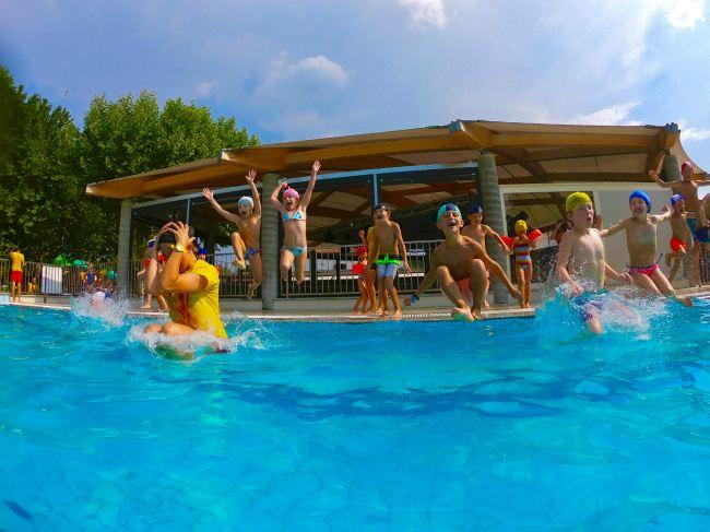 piscina camping lago maggiore